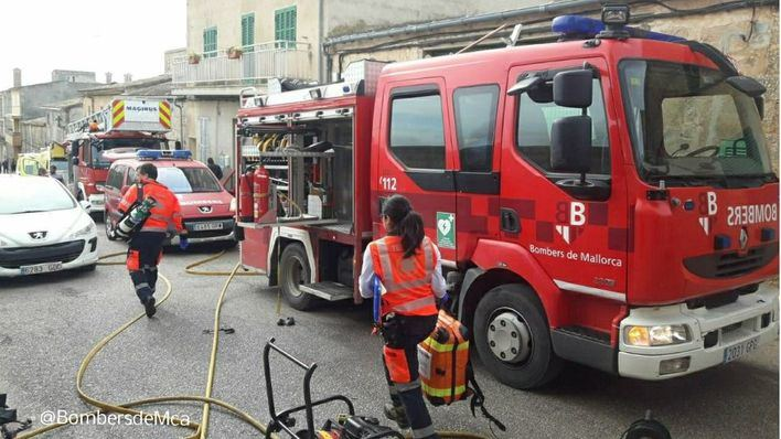 Fallece un niño de cinco años en el incendio de una vivienda en Vilafranca