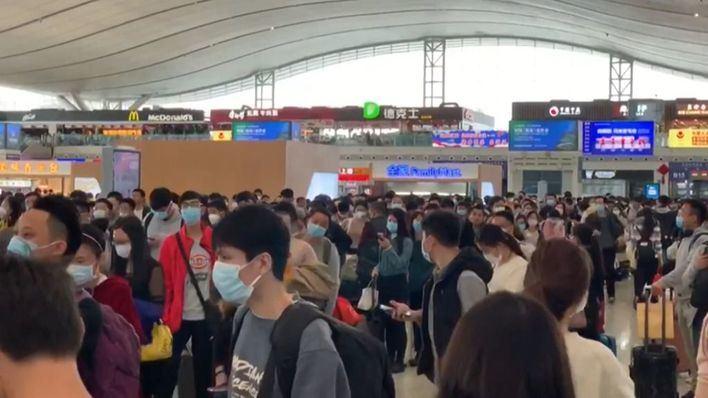 Los muertos por el coronavirus de Wuhan superan el centenar