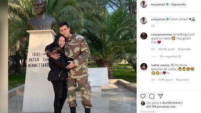 Can Yaman, el doble turco de Pedro Sánchez, reaparece en Instagram