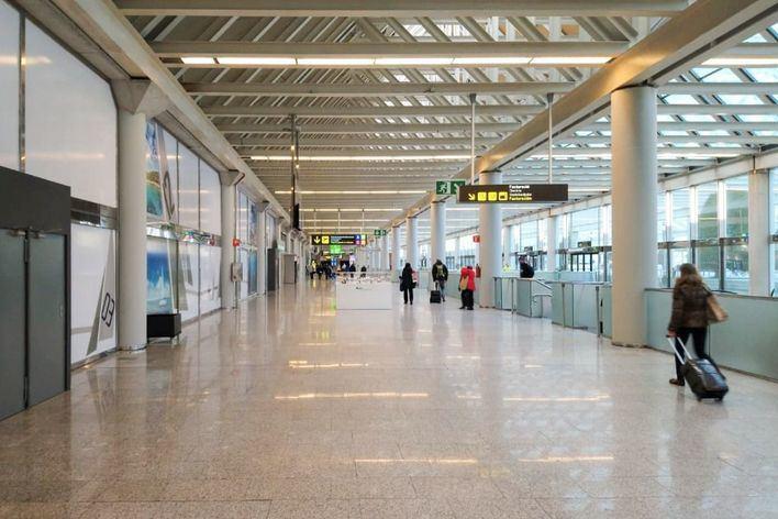 Costa pide que la ampliación del aeropuerto de Palma sea