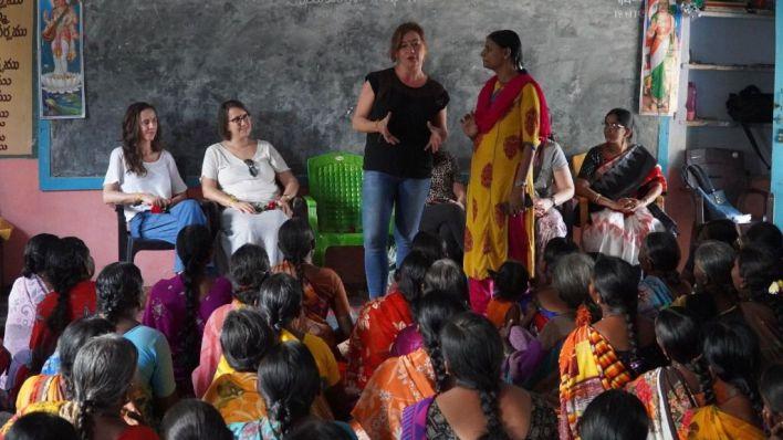 Armengol llega a la India para visitar los proyectos impulsados por el Govern