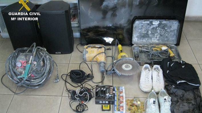 Cazan a un joven de 26 años por diez robos en comercios de Portolocom