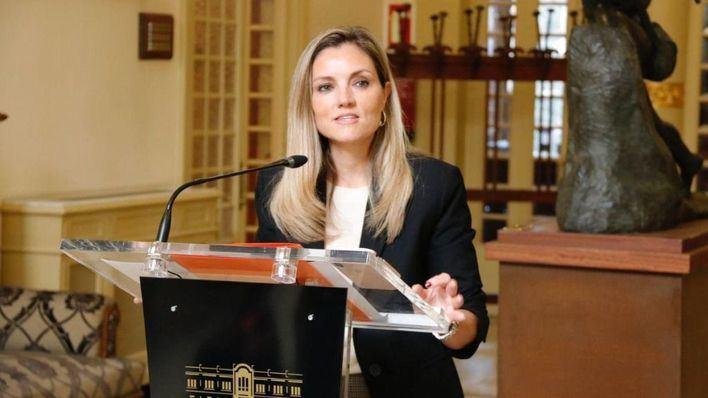 Ciudadanos pide la reprobación y cese de Fina Santiago