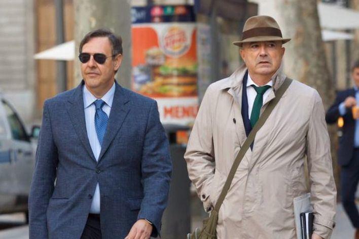 El juez Manuel Penalva (izquierda) y el fiscal Miguel Ángel Subirán, a su llegada al TSJIB.
