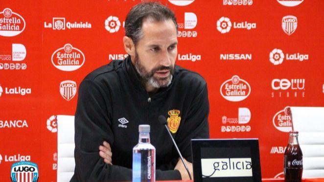 Moreno recuerda que si el Real Mallorca gana al Espanyol en Cornellà-El Prat seguirá estando fuera del descenso