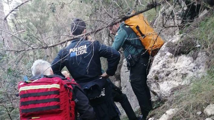 Rescatan a un joven que hacía escalada en Ibiza tras caer cinco metros