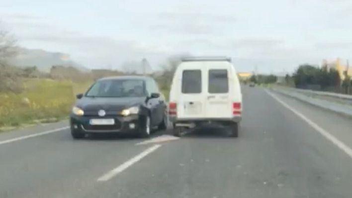 Investigado tras circular por la carretera de Llucmajor dando tumbos y poner en peligro a otros coches