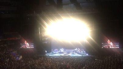 Joaquín Sabina suspende su concierto en Madrid tras caer del escenario