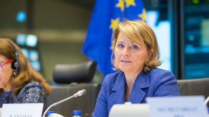 Estaràs insta a la Unión Europea a lograr un compromiso universal en igualdad