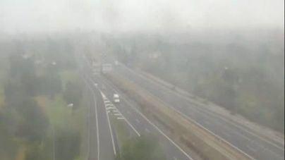 Mallorca amanece cubierta por la niebla