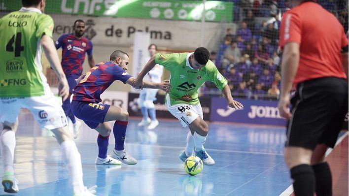 El Palma Futsal deja escapar la victoria frente al Barça a 2 minutos del final