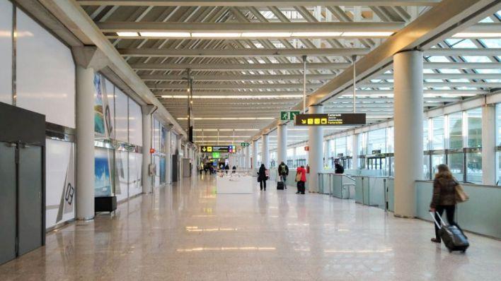 Aena redimensionará la ampliación del aeropuerto