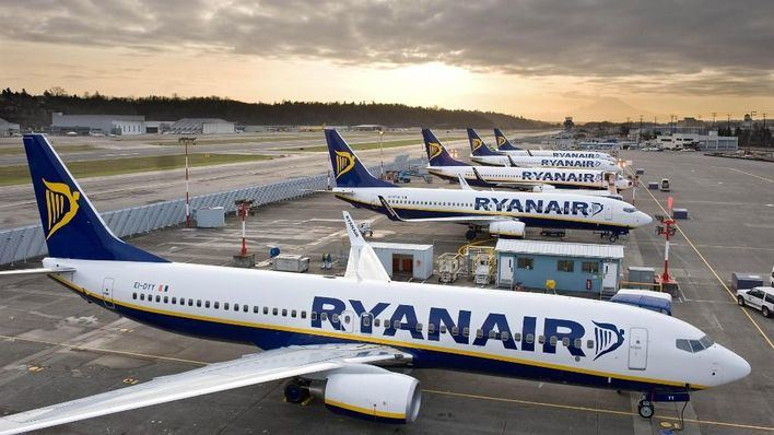 Baleares lidera el descenso de pasajeros de las 'low cost'