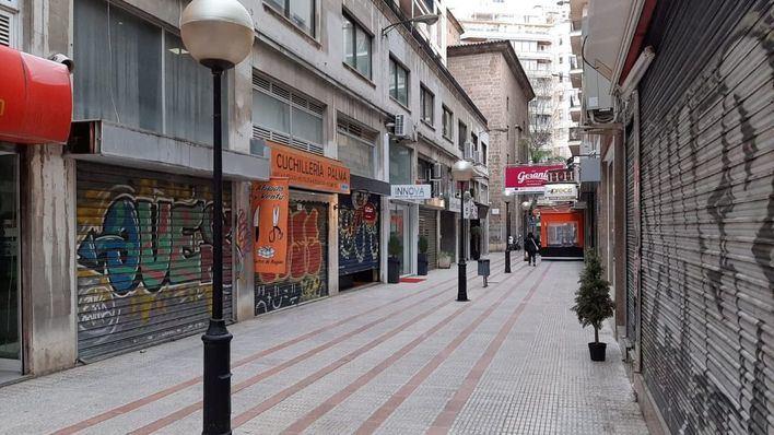 El pequeño comercio se suma al cierre de protesta contra las medidas de Cort