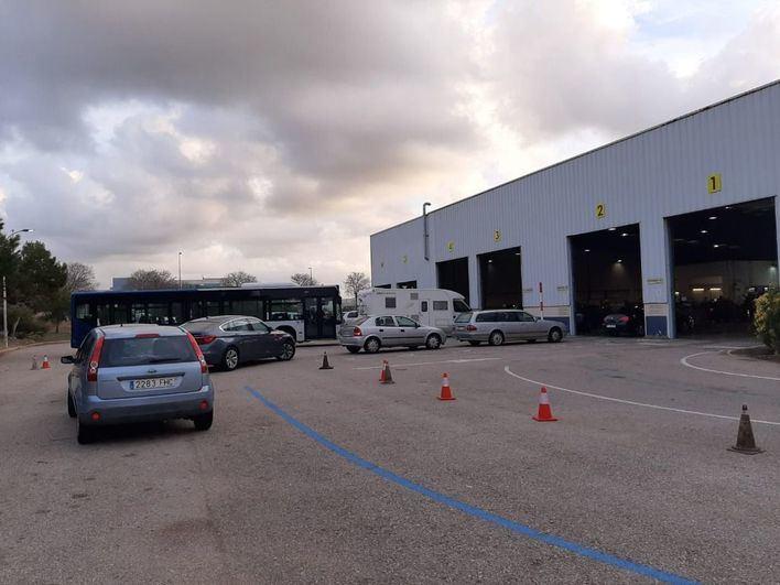 Las ITV de Palma abrirán los sábados para los transportistas