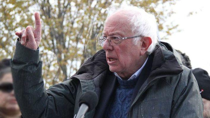 Sanders revoluciona Estados Unidos al destacar avances sociales en la Cuba de Castro