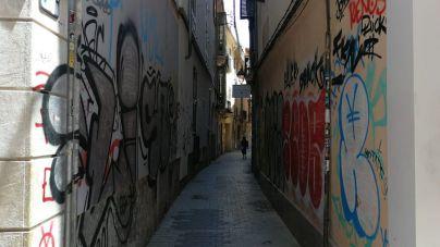 Palma gasta 62.000 euros en medio año para borrar pintadas vandálicas
