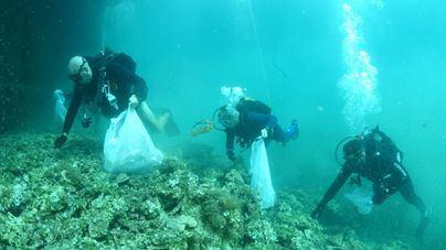Jornada de limpieza del fondo marino por el Día de Baleares