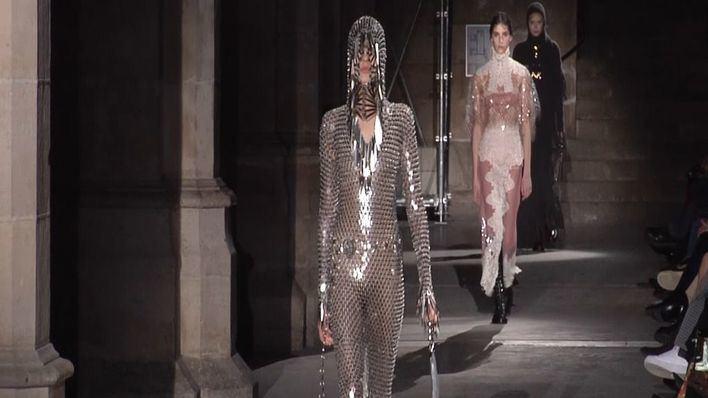 Paco Rabanne conquista París con su colección otoño-invierno 2020