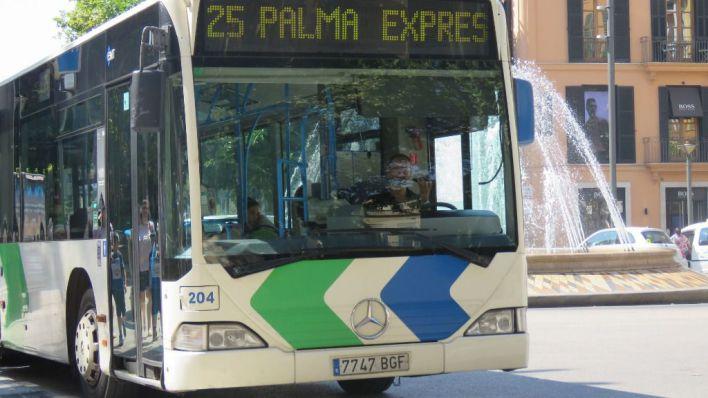 El billete sencillo de la EMT sube a dos euros desde este miércoles