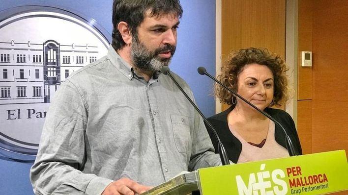 Més aplaude la ecotasa aérea, aunque pide que 'se pondere' en el caso de Baleares