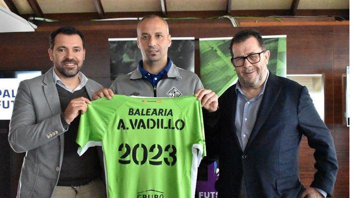 El Palma Futsal amplia hasta 2023 el contrato de su entrenador, Antonio Vadillo