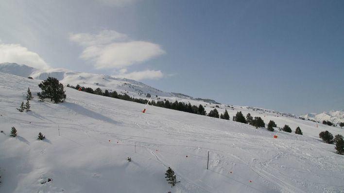 Muere un esquiador mallorquín por un alud en Lleida