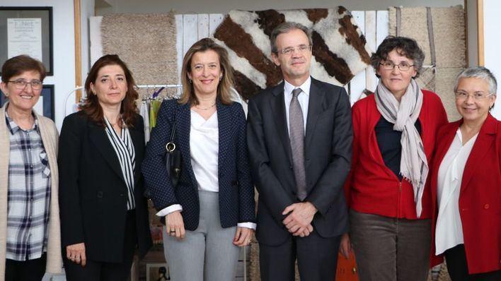 El presidente de Caixabank repasa en Palma los proyectos solidarios de Organización Mater