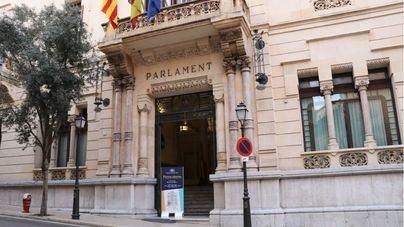 El pleno del Parlament debatirá sobre el REB y la protección del Mediterráneo frente a las prospecciones