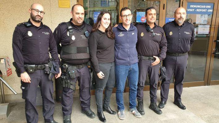 La rápida actuación policial salva la vida de un bebé en Palma
