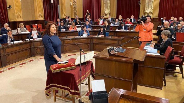 Sureda toma posesión de su escaño en sustitución de Jaume Font