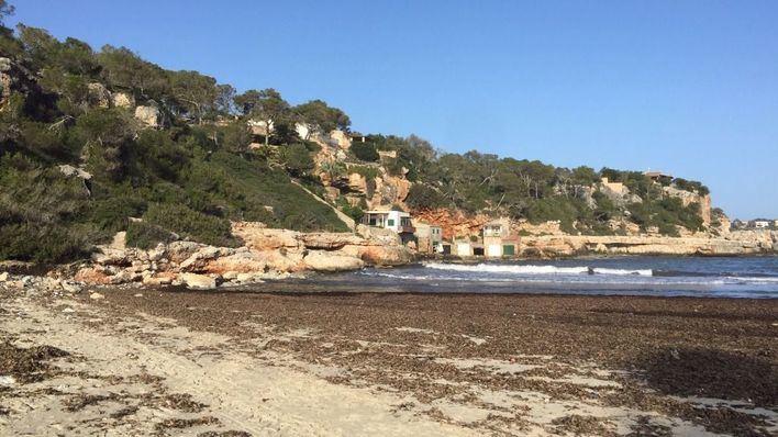 Costas autoriza las reparaciones en Cala Llombards