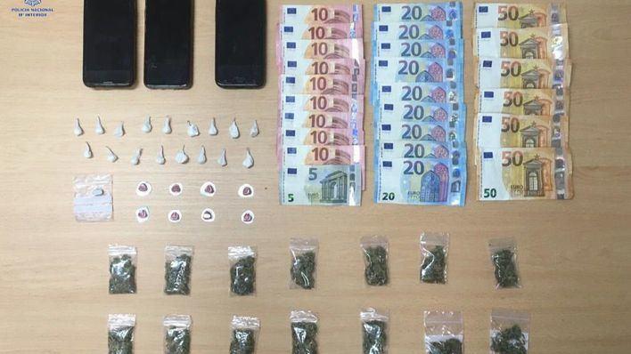 Tres detenidos por tráfico de drogas en Playa de Palma