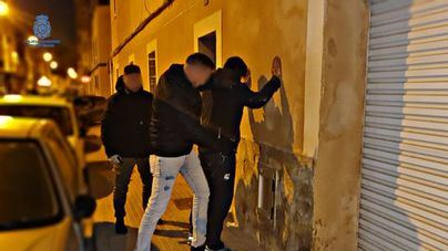 Pillado infranganti por la policía tras robar en 13 coches