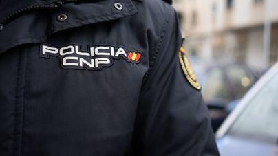 Detenidos dos menores por el robo violento de una pistola de aire comprimido en Ibiza