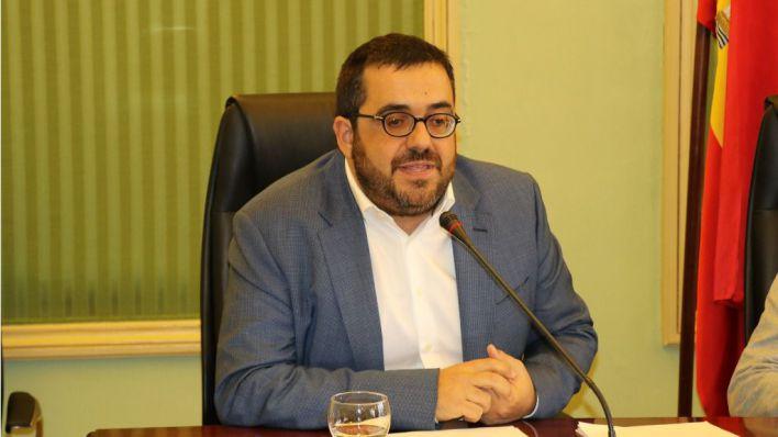 Vidal pide un referéndum para la República: