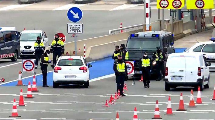 Los controles de fronteras terrestres vigilan ya el acceso a España
