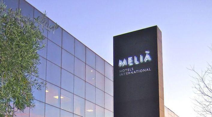 Meliá cierra medio centenar de hoteles durante la crisis sanitaria