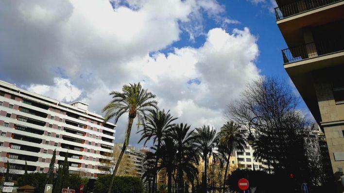 Cielos poco nubosos y temperaturas en ascenso en Baleares