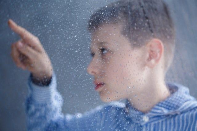 El Gobierno permite salir a la calle a las personas con autismo y conductas disruptivas