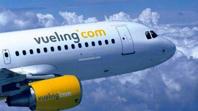 Facua denuncia que Vueling no devuelve el dinero de los billetes cancelados por el coronavirus