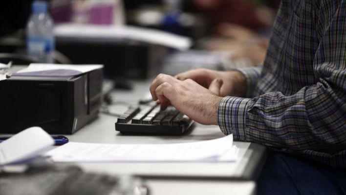 El Govern refuerza el servicio de tramitación de ERTEs hasta los 26 funcionarios