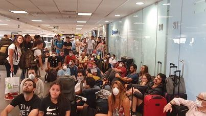 La falta de vuelos deja atrapados en Perú a 1.229 turistas españoles