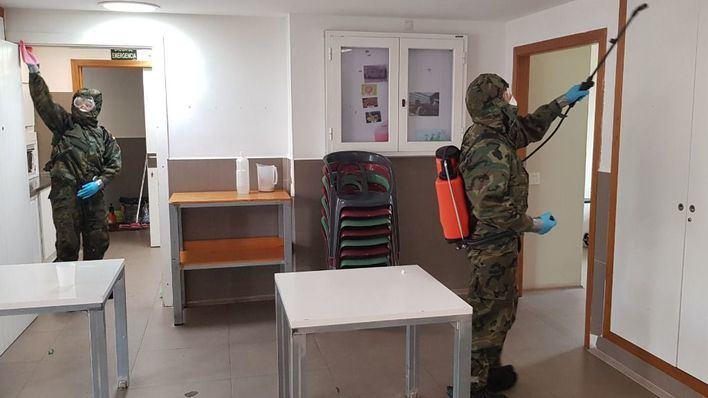 El Ejército desinfecta la residencia de discapacitados de Son Tugores