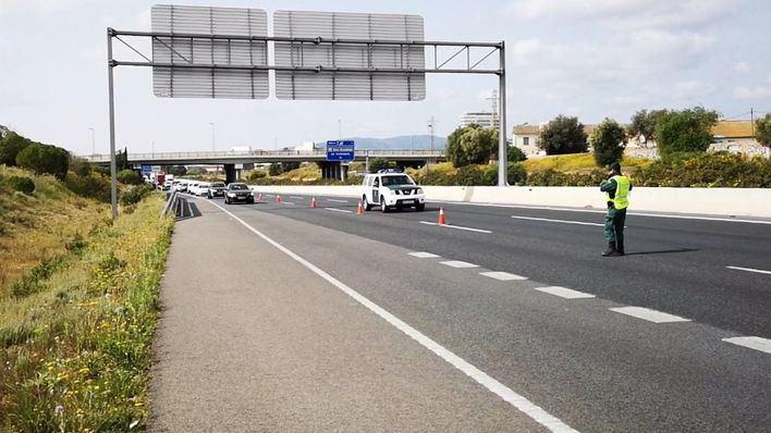 Más de 8.000 personas identificadas en centenares de controles en carreteras