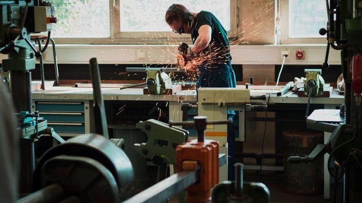 La pequeña y mediana empresa consideran un error prohibir los despidos