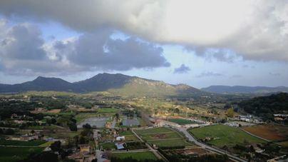 Nubes y algún chubasco ocasional en Baleares