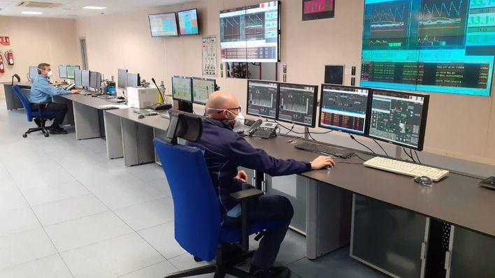 Endesa garantiza la continuidad del servicio desdoblando el personal del centro de control en Mallorca