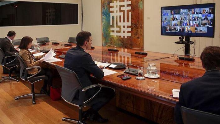 Sánchez pide a las autonomías una lista de infraestructuras para alojar a asintomáticos