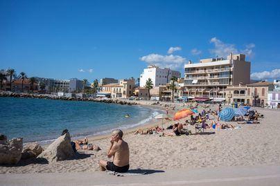 Cort estudia medidas de impulso al turismo para cuando finalice la pandemia